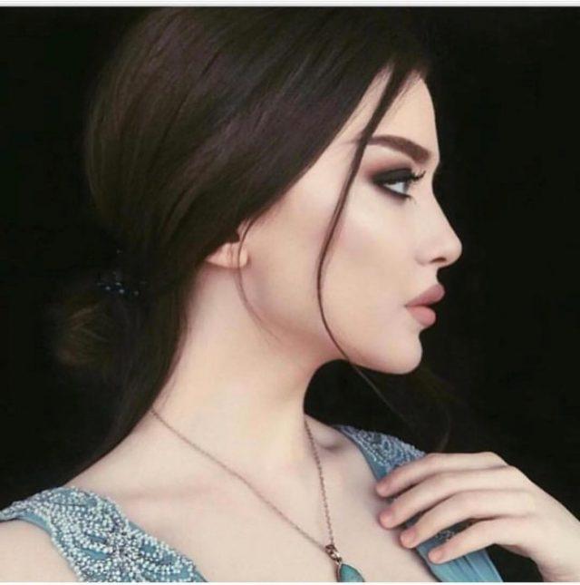 За гранью реальности: 12 девушек ошеломительной красоты
