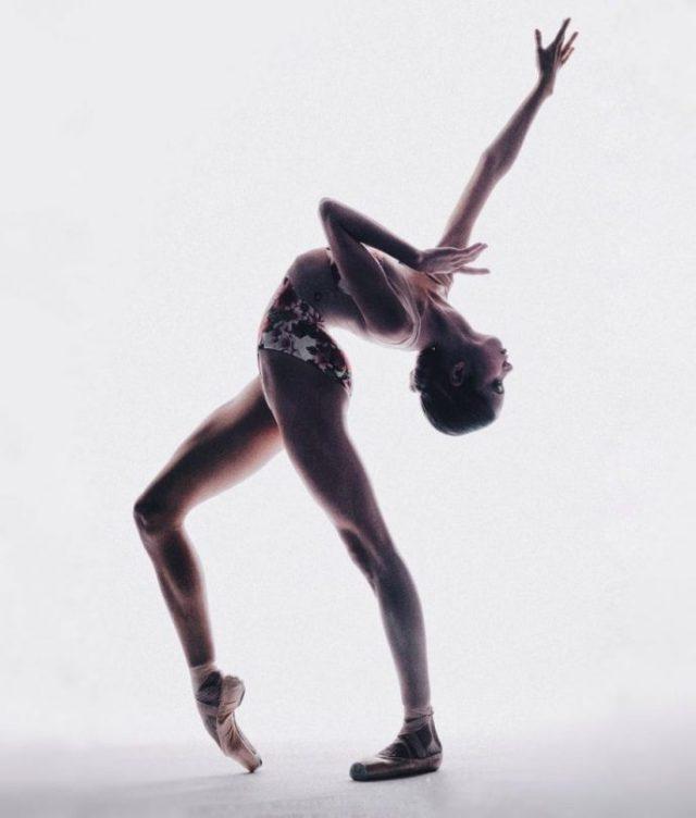 10 фото юной балерины, которая поразила нас своей красотой