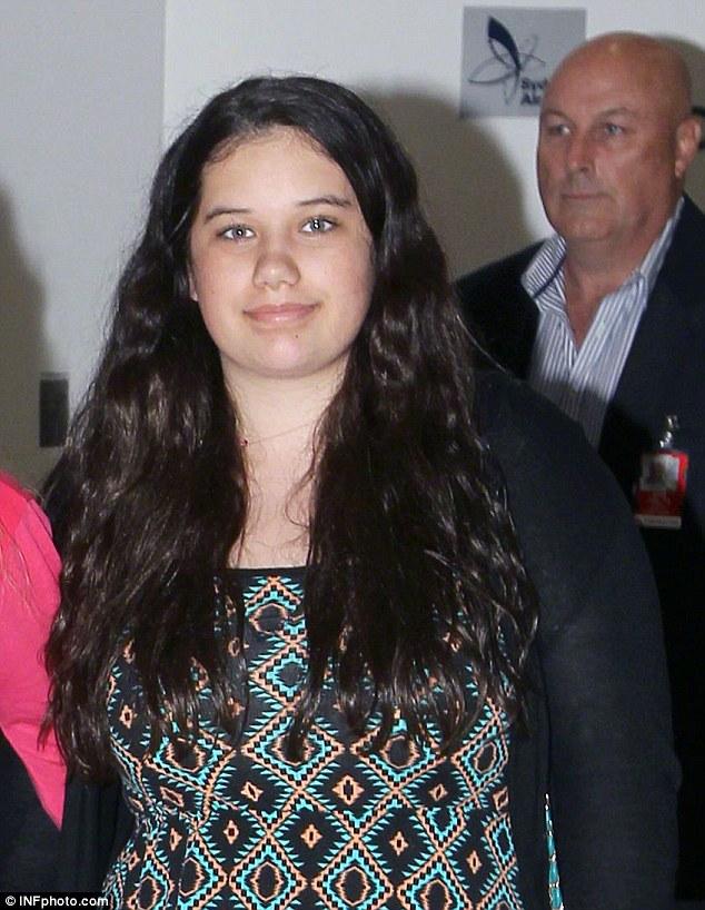 Некрасивая дочка Джона Траволты подросла и стала настоящей красавицей!