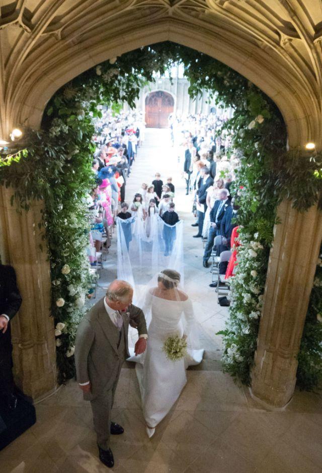 В Сети появились ранее неопубликованные снимки со свадьбы Меган и Гарри