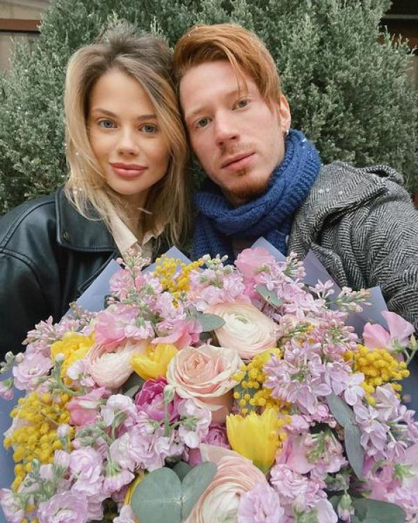 «Природная красота». Молодая жена Никиты Преснякова опубликовала фото без макияжа