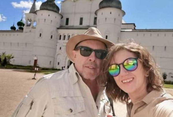 Молодая жена 66-летнего Макаревича впервые разместила в Сети совместный снимок с музыкантом