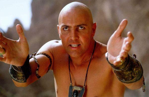 «Имхотеп уже не тот». В Сети обсудили новые снимки постаревшего Арнольда Вослу