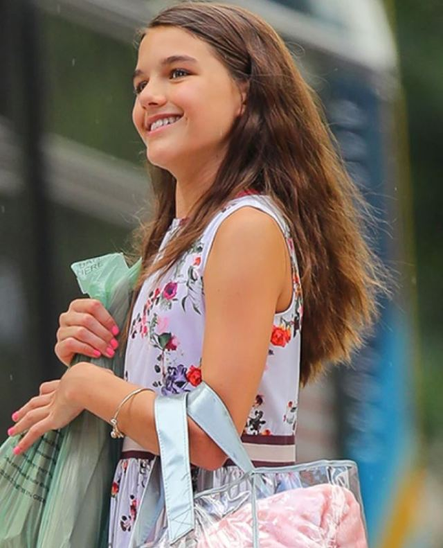 Совсем взрослая барышня: поклонники восхищены красотой 14-летней дочери Тома Круза