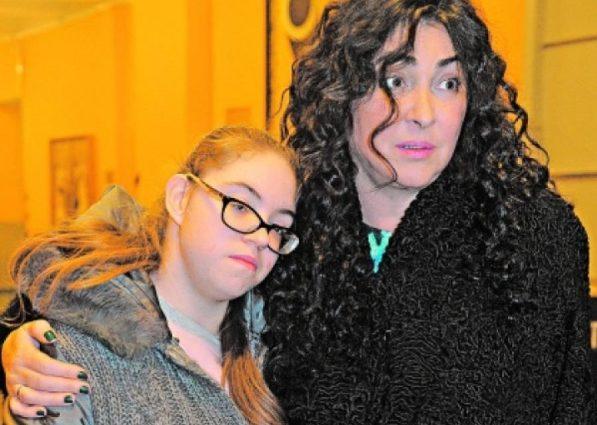 Взрослая девушка. Как живет и выглядит 22-летняя дочь Лолиты с аутизмом