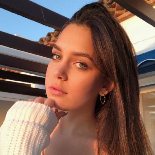Вылитая Шейк. 16-летняя внучка Кобзона показала новые фото. Она невеорятная