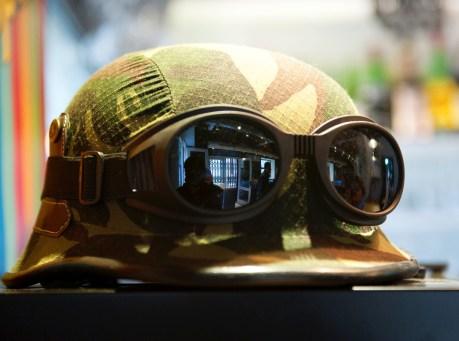 Un casco de guerra, detalles de LZSB