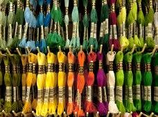 Colorido y 100% creatividad, así es Luy Ideas