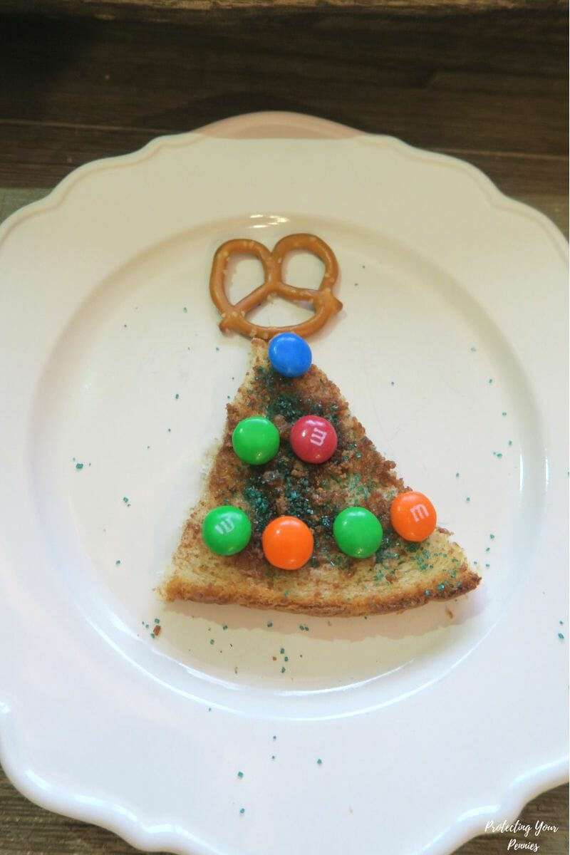 Decorated Cinnamon Toast Christmas Tree Snack