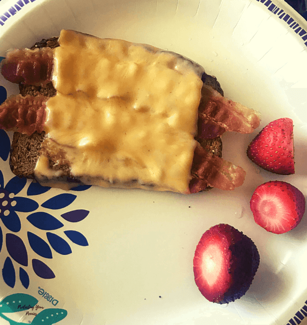Gouda Toast with Strawberries (1)