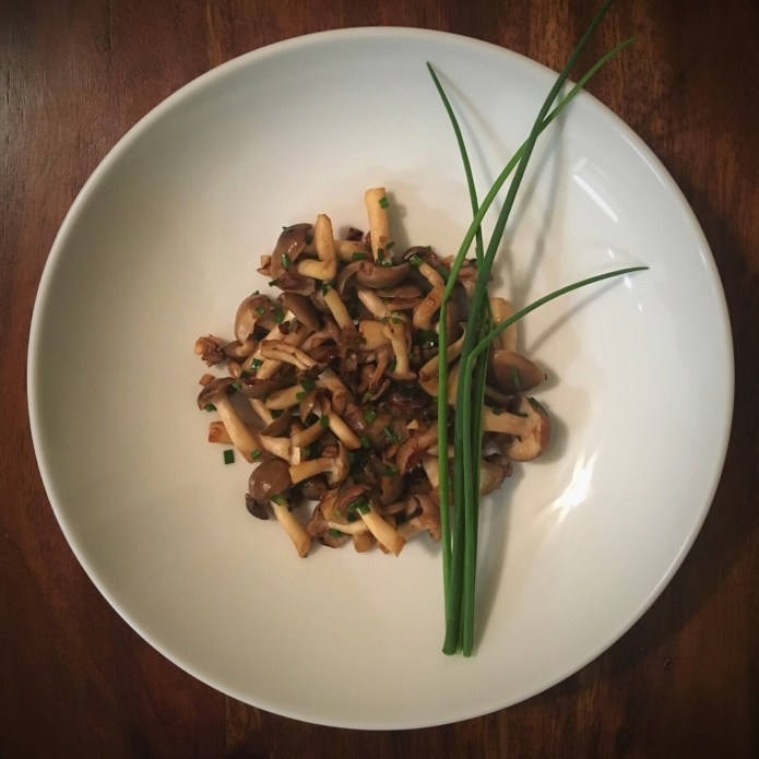 No-oil Sautéed Bunashimeji Mushrooms, with Garlic, Shallots, and Chives