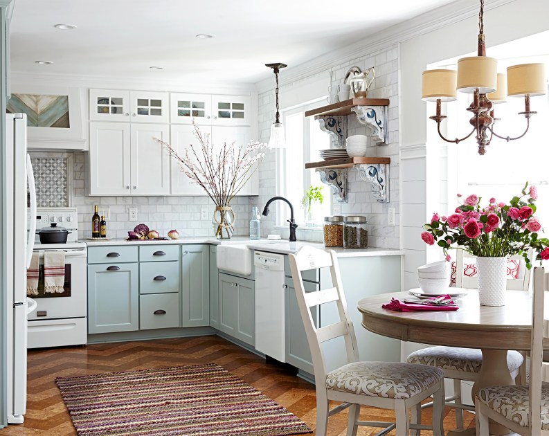 Two-toned cabinets are the affordable new trend in home design that will quickly take your kitchen from drab to fantastic.