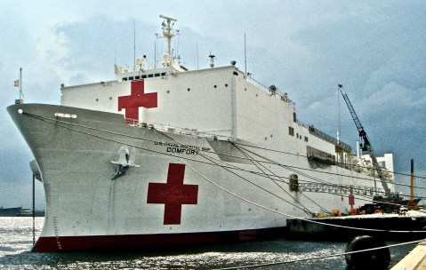 USNS Comfort, a 1000 bed hospital ship, on the way to provide disaster relief in the aftermath of Hurricane Katrina, 2005. Image Credit: Henry J. Holcomb