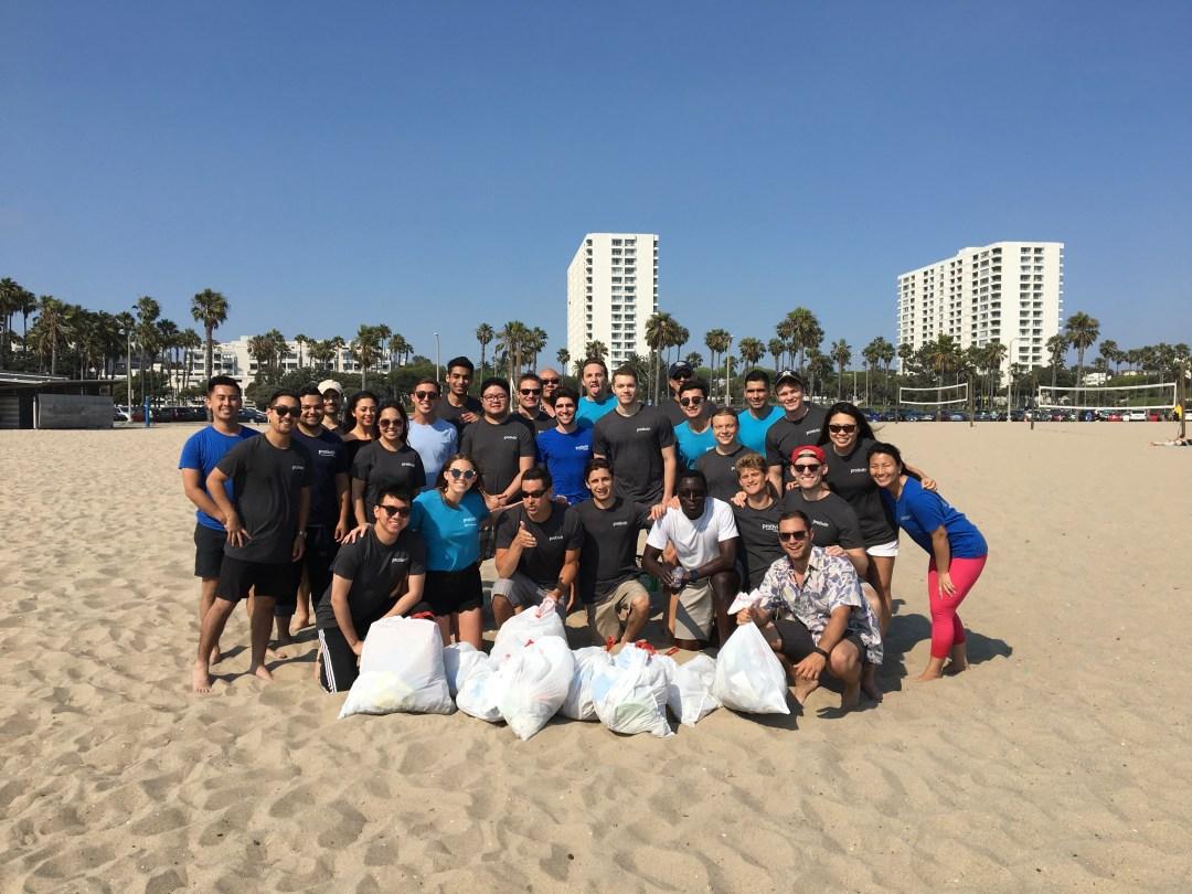 la-2017-intern-day-of-service-10th-annual-beach-clean-up_35148801724_o