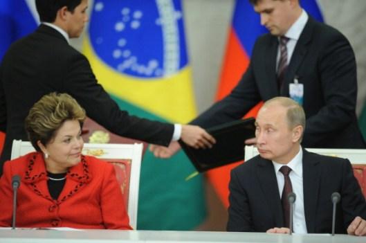 Putin y Rousseff firman un convenio de cooperación