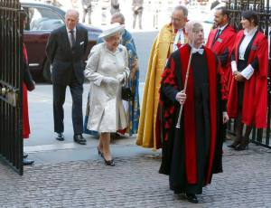 Britain's Queen Elizabeth arrives with Prince Philip at Westminster Abbey to celebrate the 60th anniversary of her coronation in London