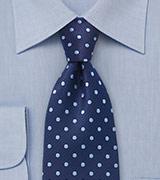 camisa y corbata a juego