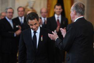 El rey impone el Toisón al Presidente Sarkozy