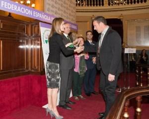 brigadista de Imelsa Víctor Cerdá el Premio Especial Comunidad Valenciana de FEDER en reconocimiento al Camino Solidario, impulsado por Imelsa