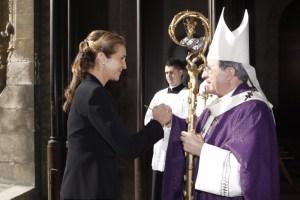 La Infanta Dª Elena llega a la catedral