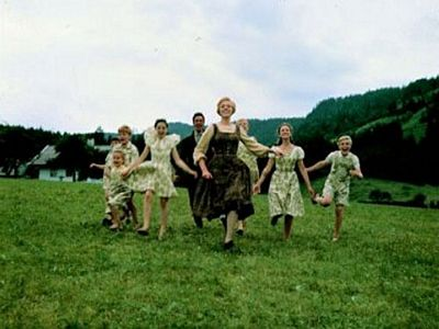 Maria and kids - Julie Andrews