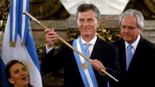 mauricio-macri-presidente-2128110h540