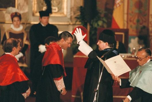 ECONOMIA. MADRID 23 JUNIO 1997. INVESTIDURA DE MARIO CONDE COMO DOCTOR ONORIS CAUSA POR LA UNIVERSIDAD COMPLUTENSE. FOTO ANTONIO GIMENEZ. NEG. 95257/9.