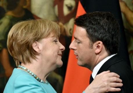 Italy+Prime+Minister+Matteo+Renzi+Holds+Talks+QZkqsKPEEKel