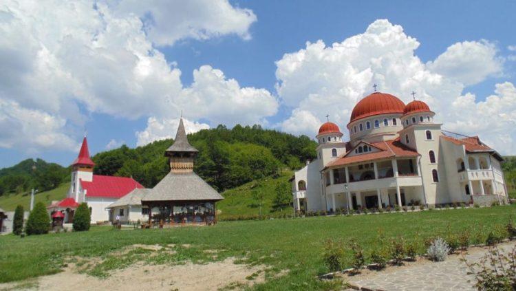 Manastirea-Casiel5