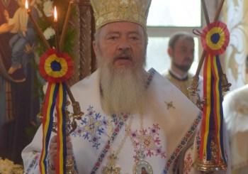 Liturghie Arhierească în Parohia Cetan
