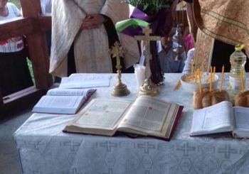 Taina Sfântului Maslu săvârşită pe Dealul Bacăului din Dej