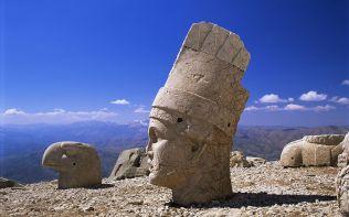 Kral Antiochus'un Dev Heykeli, Nemrut Dagi ,Adiyaman, Türkiye (C