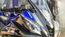 2014-Yamaha-YZF-R125-EU-Race-Blu-Detail-004