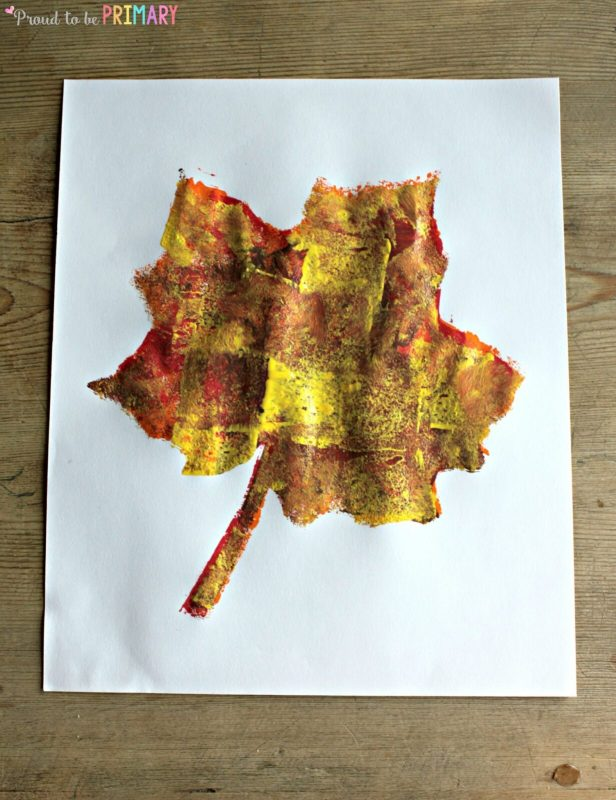 Fall Art Projects: sponge art leaf