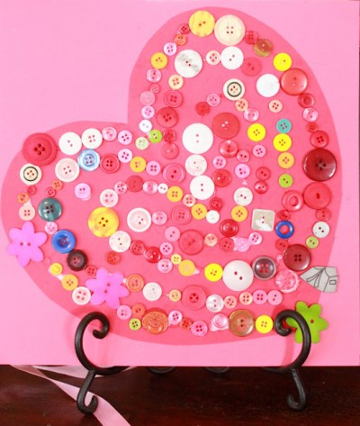 Hands on as We Grow - Sorted Button Valentine Heart