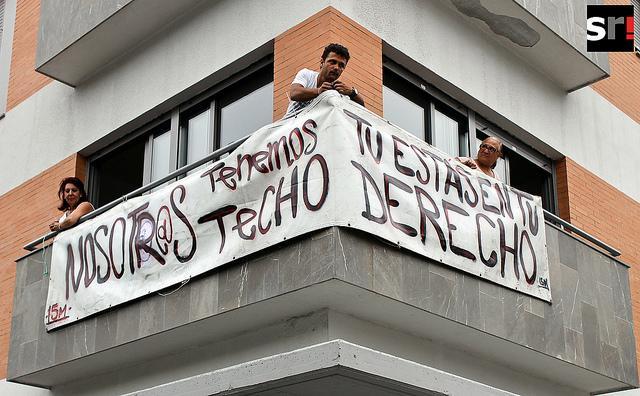 20 familias ocupan viviendas en Madrid