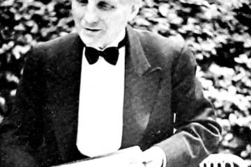 Olivier Dabescat dans le jardin du Ritz