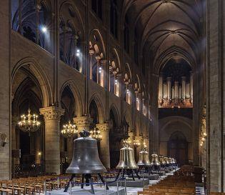 Cathédrale Notre-Dame de Paris, sa nef, ses cloches