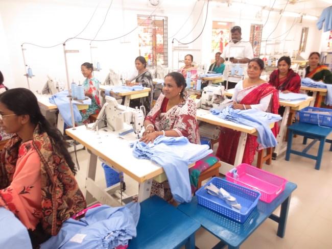 バングラデシュ 世界の縫製工場