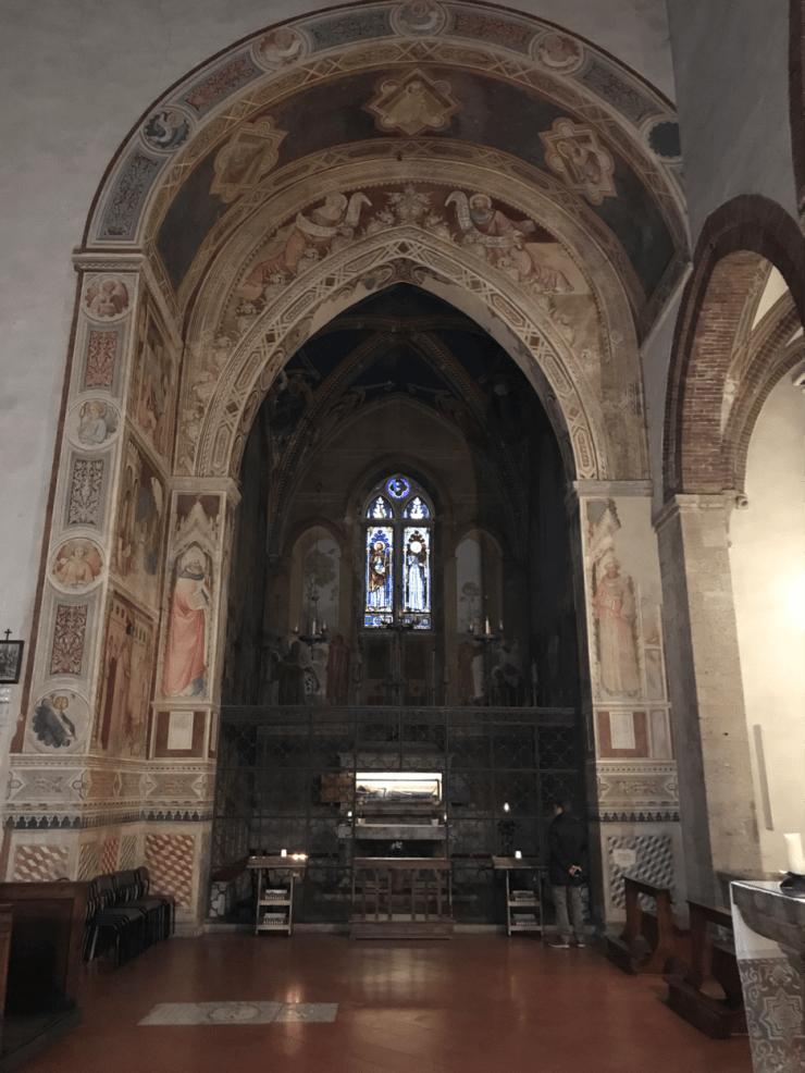 Arche du transept San Lucchese.png
