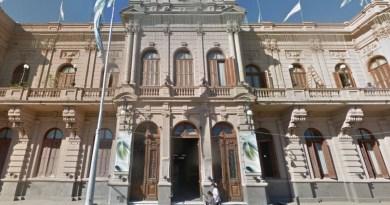 Chivilcoy: La Cámpora negocia con Cambiemos para arrebatarle la presidencia del concejo al Intendente Britos
