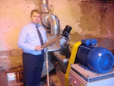 На Тернопільщині будуть палити не кремлівським газом, а малиновими брикетами