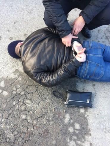 На Тернопільщині внутрішня безпека Національної поліції затримала учасників місцевої банди