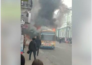 У Тернополі згорів тролейбус