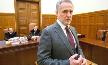 Суд Лондона заарештував майно Фірташа, а колишня дружина хоче 5 мільярдів євро