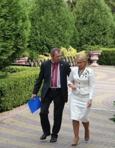 Юлія Тимошенко в Тернопільській області друга, а в Україні – третя