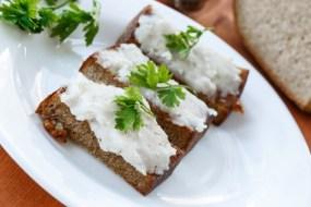 Бутерброд із салом і часником за рік подорожчав на 17%