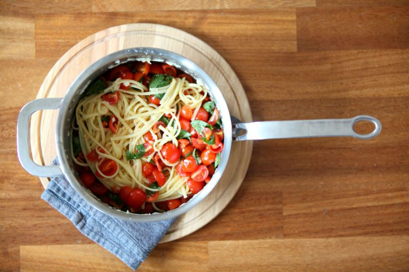 Fresh Tomato Pasta dish - by ProWare Kitchen