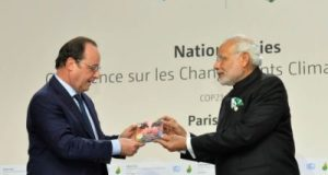 The Champions of the Earth Awards, the UN's highest environmental honour was conferred on to Emmanuel Macron, President of France and Narendra Modi, Prime Minister of India for  International Solar Alliance. ISA  is an initiative jointly launched by the Prime Minister of India and President of France. In File picture both the dignitaries are seen realising their ambitious policy endeavour in form of ISA's inception.