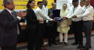 Labour Minister Santosh Kumar Gangwar presenting the AIOE National Award for Outstanding Industrial Relations presented at 84th Annual Meeting of AIOE
